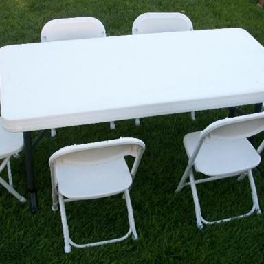 White-Baquet-Folding-Table-and-Chair